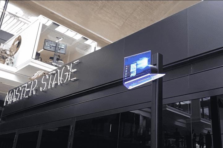 Installation hélice hologramme 3D sur pied pour présentation PC Lenovo